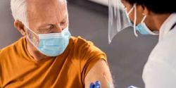 Pasta da Saúde anuncia ampliação da dose de reforço para adultos acima de 60 anos